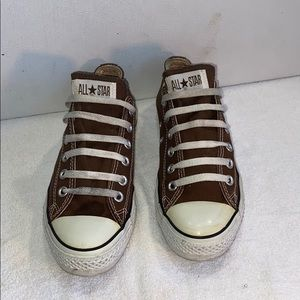Converse All Star Low Top Sneakers Sz 8